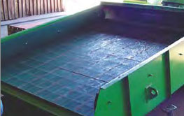 Customised static screens for dewatering and de-sliming trash removal.